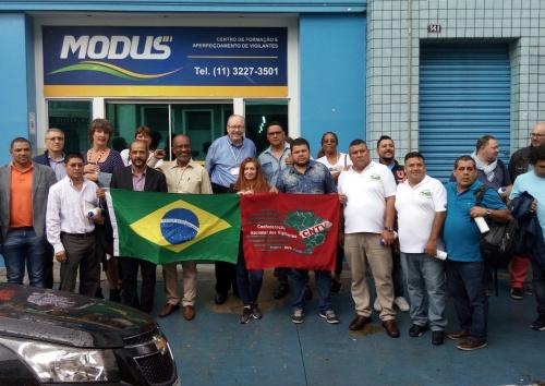 Delegações do Brasil e de outros países visitaram a escola Modus, de formação de vigilantes