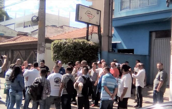 Vigilantes entregam a pauta da Campanha Salarial e não descartam greve